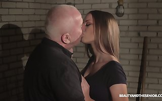 Young belle Anna G is having foolish coitus distraction here sex-hungry cock up